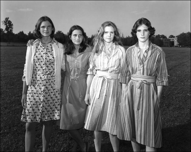 Nicholas Nixon: The Brown Sisters - Forty Years