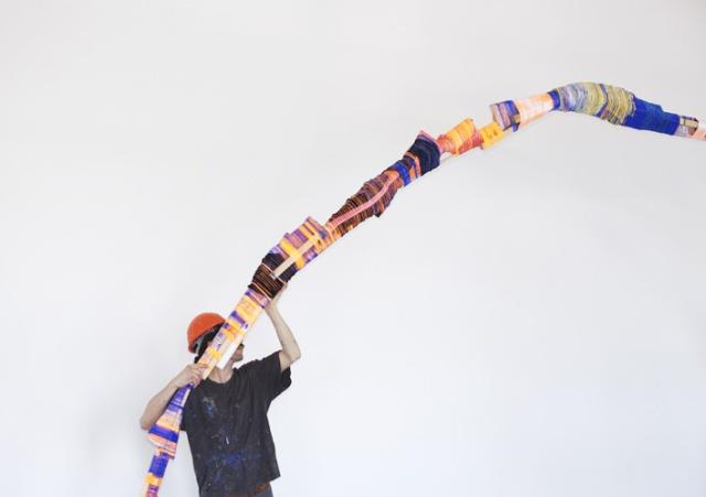 Anton Alvarez: The Thread Wrapping Machine